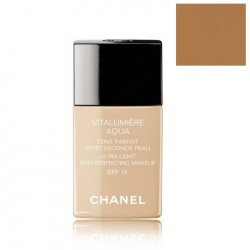 Chanel Vitalumiere Aqua...