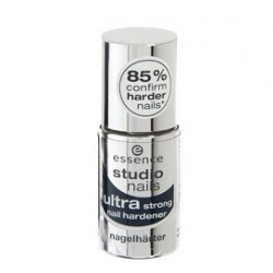 Essence Ultra Strong nail...